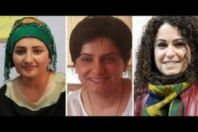 Foto das três ativistas curdas assassinadas, Sêvê Demir, Pakize Nayir e Fatma Uyar.